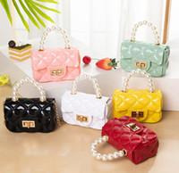 Art und Weise der neuen Kinder Perlenhandtaschen Mädchen Mini-Kette Ein-Schulter-Beutel für Kinder Süßigkeit Farbe Jelly Messenger Bags A4242