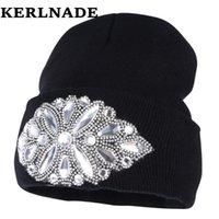 женщины шерсти зимней шапка бренда Skullies Шапочки Пользовательского стиль дизайнер роскошного горного хрусталя теплые зимние шапки случайной девушка красота gorro