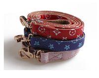 DHL RTS luxe Designer Dog Collar Motif Pu cuir Animaux Colliers adjustable Marque Cat Laisses Outdoor personnalité Accessoires Collier pour chien