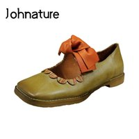 Johnature 2020 neue Frühjahr / Herbst-echtes Leder-quadratische Zehe Retro beiläufige Schmetterlings-Knoten Slip-on Low Heel Lady Schuhe Pumps