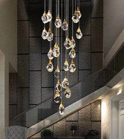 الثريا أضواء LED ما بعد الحداثة قلادة الجو أضواء الكريستال الفاخر الثريا قلادة مصابيح مزدوجة بناء اللوبي دوامة الدرج