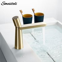 Brass Single Hole Single Handle 360 Degree Rotation Deck Mou...