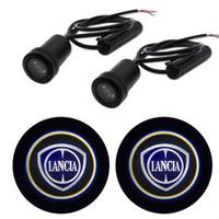Logo 2PCS Para LANCIA Emblem Car LED Porta Luz Universal Santo Sombra acolher Laser Cortesia Projetor de slides logo luz