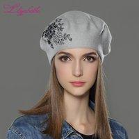 القبعات Liliyabaihe النساء الشتاء قبعة الصوف محبوك كاب مع زهرة الترتر الماس الديكور الصلبة الألوان أزياء سيدة