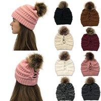 Das mulheres de malha Gorros com bola de lã Cap Inverno Outdoor Gorros Crochet Cap Ski Knit Hat Baggy estiramento Caps transporte marítimo IIA656
