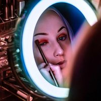 10X светодиодный свет увеличительное зеркало для макияжа тщеславия ванной путешествия Зеркало с сильной присоске Регулируемый светодиодный зеркало для макияжа
