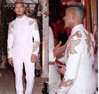 Белые 2 шт. Мужские костюмы для свадебной вечеринки Жаккардовый жених смокинги с золотой аппликацией шаль-отворотный мужчина куртка Blazer костюм (куртка + брюки)
