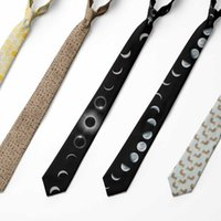 Corbatas del cuello Classic Fashion Skinny Tie 8 cm Poliéster para los hombres delgado Impreso Fiesta de boda Moon Eclipse Gravatas Corbatas