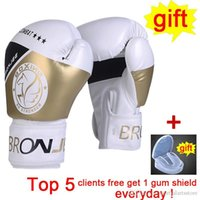 تدريب قفازات الملاكمة الذهب القتال بطولة المطبوعة والعتاد الملاكمة اليدوية والجلود الاصطناعية المعركة بوقس القفازات القتالية والعتاد