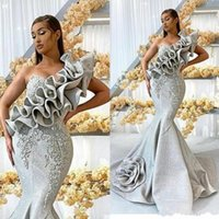 New Silver une épaule robes de soirée longue en dentelle Appliqued sirène robe de bal de luxe en perles Ruffles Party robes de cérémonie Robes de soirée