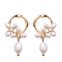 2020 di nuova progettazione di gioielli moda orecchini di perle d'acqua dolce elegante di nozze fiore orecchini del partito per le ragazze regalo per la donna
