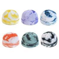 Nouveau Bonnet tricoté femmes 2020 chapeaux d'hiver Tie Dye Woollen Hat Outdoor Rue Hip Hop Cap court Chapeau tricoté Calotte DDA553