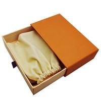 Cajas de cajones de regalo naranja Bolsas de tela con cordón Muestra envases al por menor para la joyería de moda Collar Pulsera Pendiente Llavero Anillo colgante