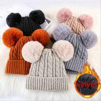 Mode féminine Deux Faux de fourrure de lapin Pompon hiver Chapeau chaud épaissie plus velours Double Pom Pom câble Bonnet Tricoté Skullies