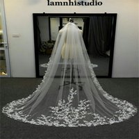 Real Image Best Selling Wedding Veils Hand Made Flower Long Veils Lace Applique Crystals Two Layers Cathedral Length Cheap Bridal Veil