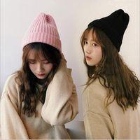 Nuovo marchio Haot vendita di colore solido cappello di lana semplici tappi a punta popolari del volume signora cappello di lavoro a maglia