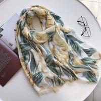 Suave bufanda 2020 Viajes de Verano Mujeres Flores Imprimir abrigo de la playa de moda de protección solar Mantón accesorios femeninos de la bufanda