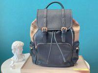 남성 브랜드의 새로운 두 어깨에 매는 가방, 가죽, 최고급 품질과 하드웨어 액세서리, 내부 슈퍼 용량이 큰 격자 무늬 천과