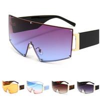 Mode Femmes Hommes Sunglasses Siamois Lens Sun Glases Épais Temples Eyewear Spectacles Anti-UV Spectacles Oversize Cadre Lunettes de vue Adumbral A ++
