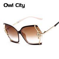 Weinlese-Frauen-Sonnenbrille Schmetterling Brille Blume Große Rahmen Reise Sun Glasses Feminino