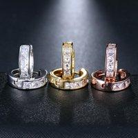Modo coreano di stile Piccola Piazza del cristallo rotondo di Huggie del cerchio orecchini per il regalo gioielli uomini donne Orecchini a cerchio