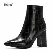 الأحذية النساء الخريف الشتاء الكاحل واحد وقصيرة أفخم نعل سستة عالية الكعب أشار تو بو الجلود الإناث التمهيد حجم كبير 34-43