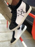 Yüksek Üst Günlük Ayakkabılar Kırmızı Alt Erkek için En Sokak Stili Düz Deri El Yapımı Sneakers Graffiti Mesh Deri Spor Skateboardin Ayakkabı