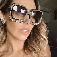 Güneş Gözlüğü Kadınlar Için Tam Kristal Çerçeve Parlak Temizle Pembe Rhinestones Parti Güneş Gözlükleri Kadın Zarif Serin Shades