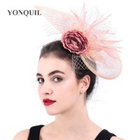 جديد وصول المرأة الريشة الشعر كليب Fasciantor الزفاف غطاء الرأس زهرة السيدات Kenducky ديربي غطاء الرأس الحجاب الزفاف القبعات Veisl SYF383