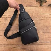 New 2019 fashion concise man chest bag designer Fanny pack u...