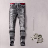 Automne Designer Style Mode Hommes Leg Jeans de haute qualité Washed trou épissé Jeans Ripped High Street Détruite Vintage Moto Biker Hommes