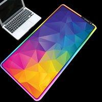 الملونة مثلثات صورة الماوس الوسادات RGB متوهجة ماء الفئران المعمرة وسادات مات لسطح المكتب ونقاط الألعاب 900x400 / 800x300mm