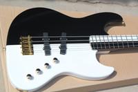 Fábrica personalizada en blanco y negro 4 cuerdas de guitarra eléctrica con diapasón de arce, duros de oro, oferta personalizada