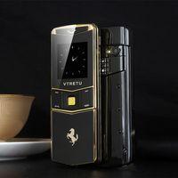 Lüks Altın Metal Vücut Kaymak Cep Telefonu Çift SIM Kart Bluetooth Dialer MP3 Titreşim Cep Telefonu Kamera FM 8800 Cep Telefonu ile