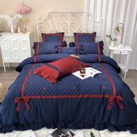 Set di biancheria da letto 42 4 / 7pcs rosso Blue Biancheria da letto morbido Bedlethes Stelle Moon Ricamo Bedcover Cover Duvet Cover Piumino Set di cotone egiziano
