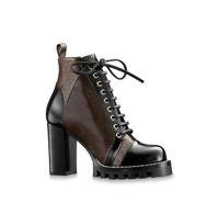 Womens lusso Boots stampa Martin Stivali Piattaforma Stivali da lavoro Doposci Lady Boots stelle caviglia percorso Designer Scarpe invernali
