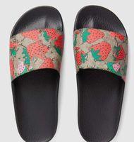 Top hombres mujeres ultraligeras y suaves suela zapatillas zapatos nuevo 3d rojo azul verde deslizamiento de moda de manera ancha plana sandalias flip flop tamaño 35-45