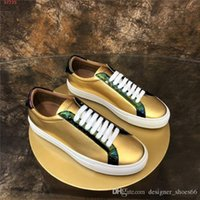 2020 Mens And Womens Classic Casual sports shoes. 2020 collection Sneakers Gold And Silver leather running shoes Original high-end packaging
