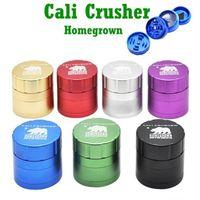 Herb Grinder Cali Crusher Homegrown 4 Denti 63MM CNC strato fumo di tabacco Grinders Grinder alluminio fumatori vetro tubo Accessori WY540-AQ