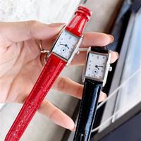 فاخر جديد أزياء المرأة ساعة اليد أعلى جودة شعبية ثوب سيدة الساعات الكوارتز حقيقية على مدار الساعة الجلود الطراز الحديث قطرة الكلاسيكية الشحن