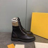 Дизайнерская обувь Rockoko Combat Boots Женщины лодыжки Мартин сапоги кожаные сапоги Байкер Stretch Fabric Вставки Австралия пинетки Женская обувь EU41