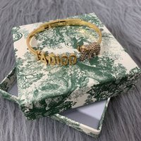 D famiglia 2020 nuova lettera elefante braccialetto aperto femmina dijia internet celebrità temperamento temperamento braccialetto braccialetto