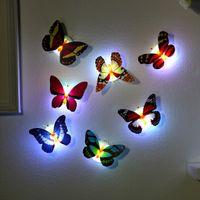 Lâmpada da atmosfera da noite da luz levou com a luz interna da borboleta em mudança colorida com a decoração da parede da mesa da mesa da casa da almofada da sucção
