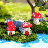 Oggetti decorativi Figurine Figurine Casa di funghi Villaggio Figura Fia Fata Giardino Cartoon edificio Statua Bonsai Musoss Musoss ornamenti in resina craf