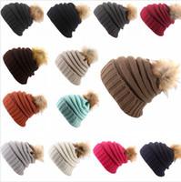 겨울 여성 니트 두꺼운 비니 여성 소녀 폼은 폼은 모피 볼 모자 따뜻한 울 Skullies 비니 DDA515