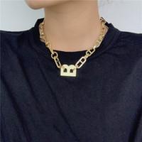 Übertriebene Chunky Letter B-Ketten-Halskette Gold-Silber überzogenes Statement Kurzschlussclavicle Kette Einfach Hip Hop Prndant Schmuck Weiblich