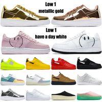 Neue Ankunft Sneakers Niedrig 1 CNY Utility Volt Schwarz Weiß Metallic Silver Gingham Pack Amarillo Satin Herren Frauen Mode Laufschuhe