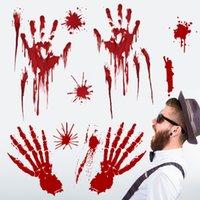 Cadılar Bayramı Partisi Perili Ev Dekorasyonu için Kanlı El izi Ayak İzi Sticker Halloween Pencere Tutunur Duvar Çıkartması Kat Tutunur