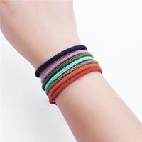 Bracelet de corde de yoga 7colors Prière de Bouddha Filetage tissé à la main Bracelets Boucelets Lucky Knot Régleur Bangles pour Femmes Hommes Boho Bijoux
