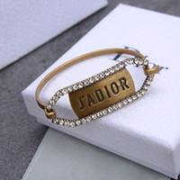 Joyería de diseñador Hombre Braclets Pearl Star Apertura Brazalete para Mujeres Copos Retro Joyería de moda Diamante Bijoux Punk Instale Venta caliente